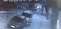 7 dakikada oto hırsızlığı kamerada…