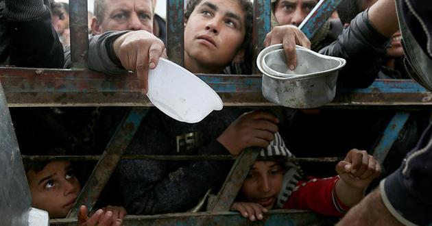 Musul'da 500 bin kişi insani felaketle karşı karşıya