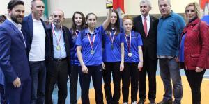 Osmangazili Badmintoncular Yıldızlar Ligi'nde Raket Sallayacak